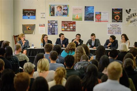 Uconn Stamford Mba 2016 Schedule by Stamford Students Offer Opinions On Debates Uconn Today