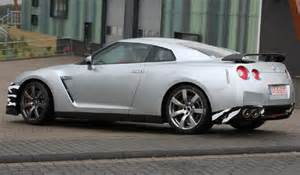 view of nissan gt r coupe photos features and
