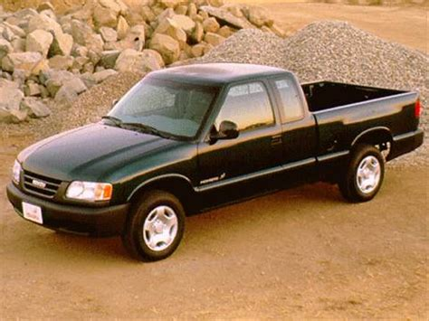 blue book used cars values 1998 isuzu hombre security system 1997 isuzu hombre spacecab pricing ratings reviews kelley blue book