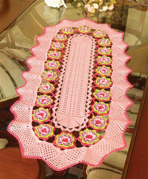 7 Gorgeous Table Runners by Crochet And Arts Beautiful Table Runner