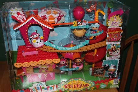 Lalalopsy Family Set susan s disney family gift guide mini lalaloopsy silly house play set with