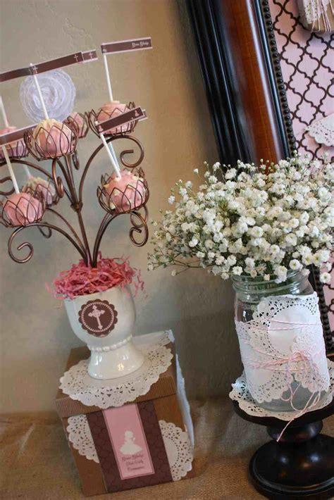primera comunion blanco rosa viejo y lila como decorar una mesa curtains mesas c 243 mo decorar una de primera comuni 243 n lacelebracion
