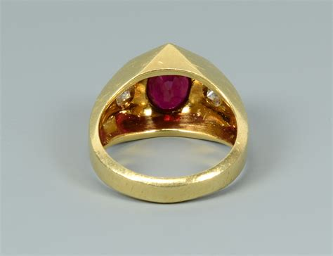 Lot Ruby lot 260 18k ruby and ring