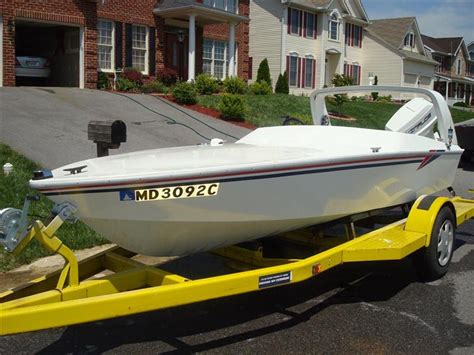 speed boat speakers for sale 13ft penetrator speed boat scarab replica the hull