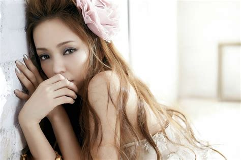 namie amuro no can any kpop girl compare to the beauty talent and