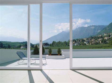 porta finestra alzante scorrevole porta finestra alzante scorrevole in alluminio e pvc
