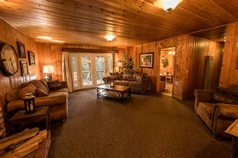lake arrowhead cabins for large groups lake arrowhead area cabin rentals cozy cabins to large