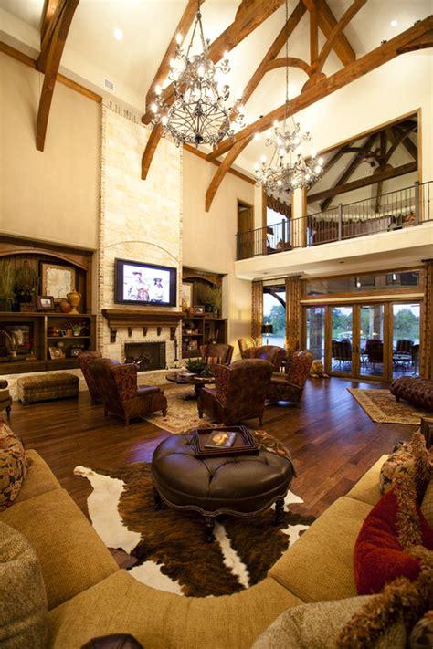 Living Room With Cowhide Rug - cowhide rugs 17 ways horses heels