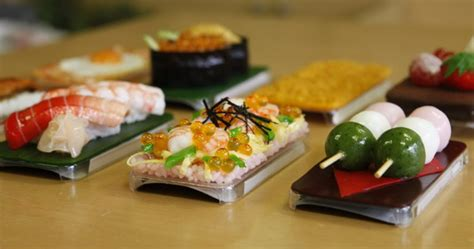 decorate your iphone with sushi photo top pics