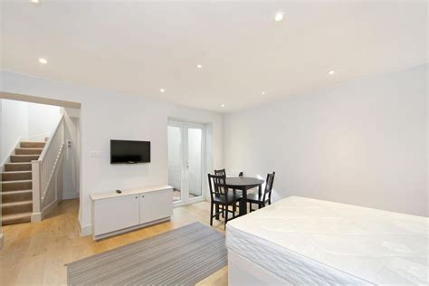 1 bedroom flat to rent from private landlord 1 bed flat to rent anerley station road london se20 8pt
