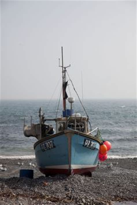 sea fishing boats for sale in scotland old fishing boats isle of mull scotland old boats