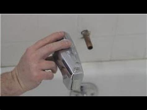 Fixing A Bathtub Faucet by Faucet Repair How To Fix A Bathtub Faucet That Sprays