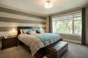 bedrooms striped wall paint design