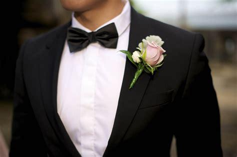 fiore all occhiello significato spilla da giacca a fiore 232 sbocciata la seta cravatte