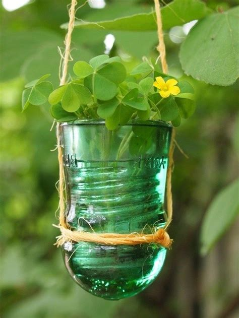 a simple guide to glass insulator collecting books hang it diy hanging planters the garden glove