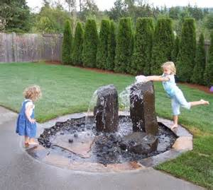 Picture of creative kids friendly garden and backyard ideas 17