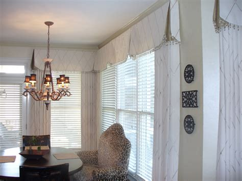 Curtain Box Valance Inspiration Pretty Box Valance In Bathroom Eclectic With Valance Ideas Next To Curtain Rod Alongside