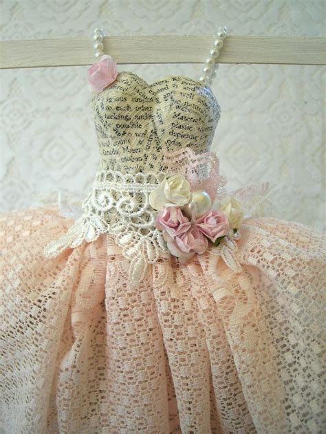 How To Make A Paper Mache Dress Form - 1000 images about paper dress on