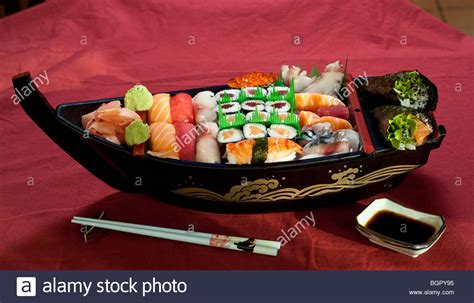 sushi on a boat japanese sushi boat www pixshark images galleries