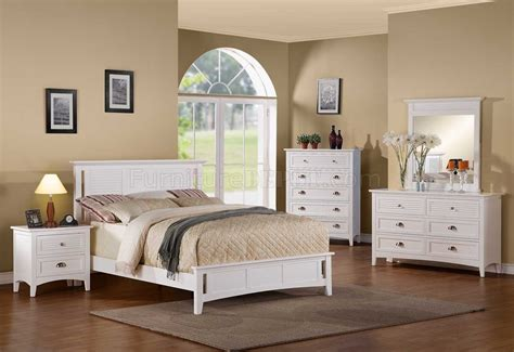 White Bedroom Furniture Sets by 2138w Robinson Bedroom By Homelegance In White W Options