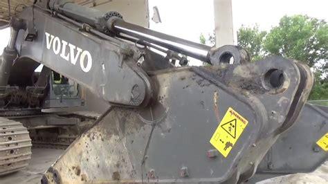 volvo  excavator putting   stick   youtube
