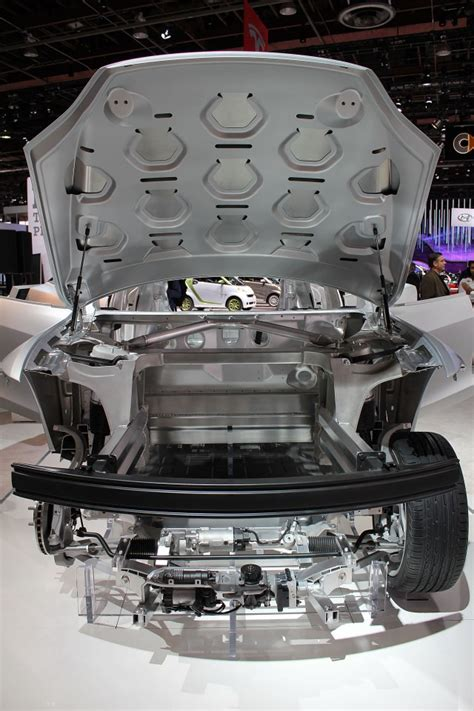 Tesla S Models Tesla Model S Aluminum Why Repair Costs Are Higher
