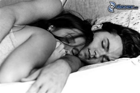 images of love couples in bed couple in bed
