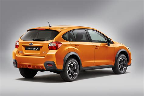 Subaru 2011 Impreza by Subaru Unveils 2011 Impreza Based Xv Crossover