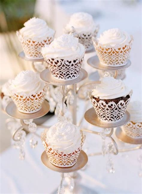 Wedding Cupcake Decorations by Special Wedding Cupcake Decorating Lace Wedding Cupcakes