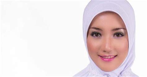Sarung Al Qasim Jilbab Muslimah Cantik Busana Ihram Elzatta