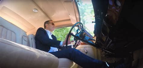 new episodes of comedians in cars getting coffee seinfeld s comedians in cars getting coffee returns with