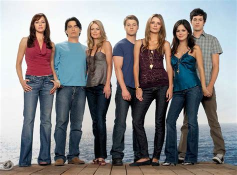 The Oc Fades Into Tv History by Cw Seed Offers The O C The 1990 The Flash And