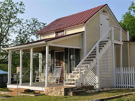 Country House Plans With Wrap Around Porches by Small Country House Plans With Wrap Around Porches
