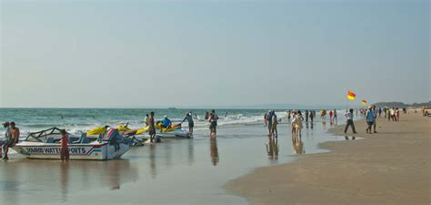 banana tube boat ride in goa things to do in goa first timer s guide my simple sojourn