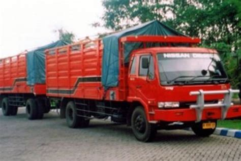polisi tangkap pencuri spesialis mutilasi truk republika