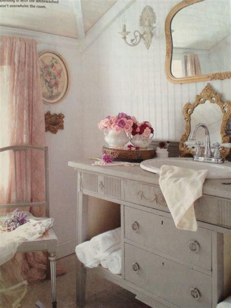 decorating vintage cottage style interiors romantic