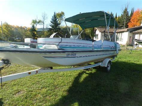 1996 Lowe 22 Deck Boat   22 foot 1996 Boat   4546887076