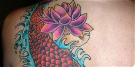tattoo pez koi y flor de loto flor nombre tatuajes para mujeres