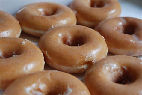 krispy kreme donuts free dozen doughnuts at krispy kreme