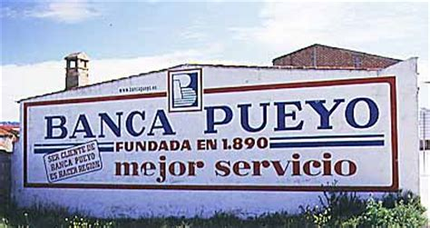 banca puello roadside advertisements money
