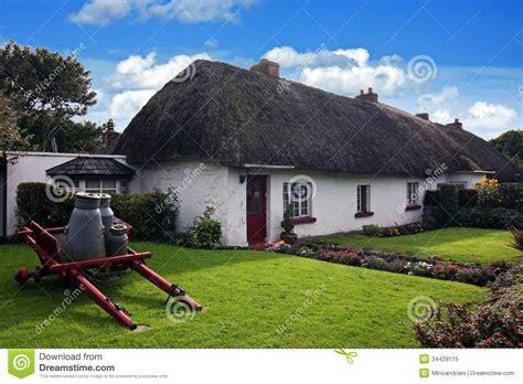 house plans buy house plans irelands maison traditionnelle irlandaise de cottage d adare photo