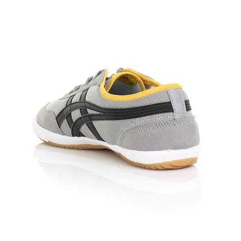 Sepatu Casual Sport Pria Asics Onitsuka Black Grey 1 asics retro rocket grey black casual sports trainers shoes size