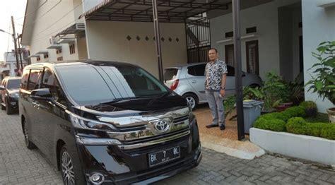 Wedding Car Medan by Rent Car Toyota Alphard Vellfire Camry Medan Rental