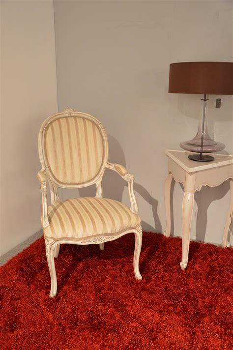 poltrone stile shabby chic poltrona di produzione artigianale in stile provenzale