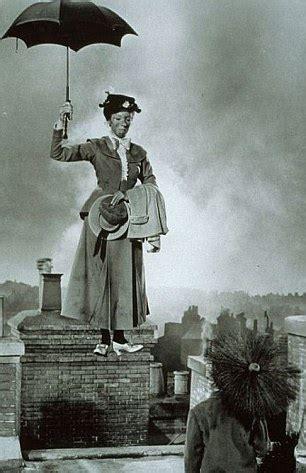 why walt disney hated mrs mary poppins new film saving mr