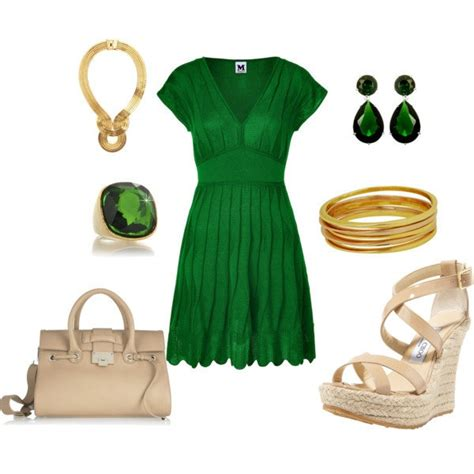what shoes and accessories to wear with emerald green