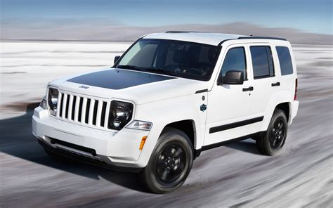 jeep arctic edition report jeep liberty production to shut august 16