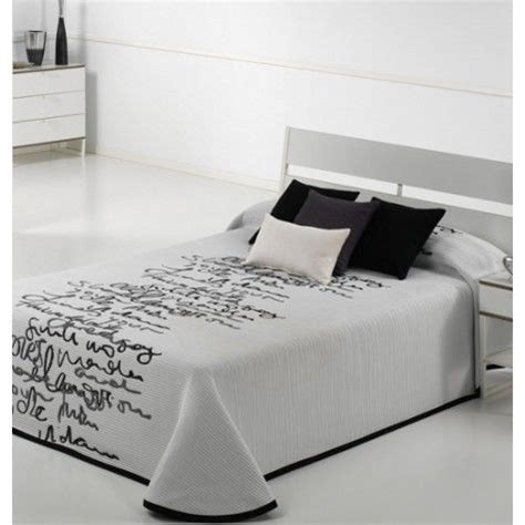 les 25 meilleures id 233 es de la cat 233 gorie couvre lit noir