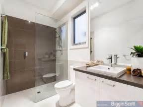 bathroom design ideas get inspired photos bathrooms from horizontal tile designs are all the rave