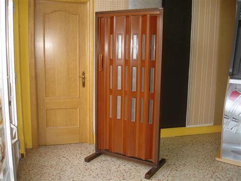 a las puertas de especificaciones de las puertas plegables